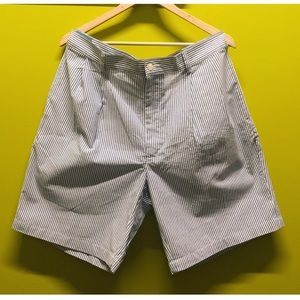 NWT Jos. A. Bank  Stays Coll striped shorts Sz 38